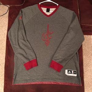 Cleveland Cavaliers crew neck sweatshirt